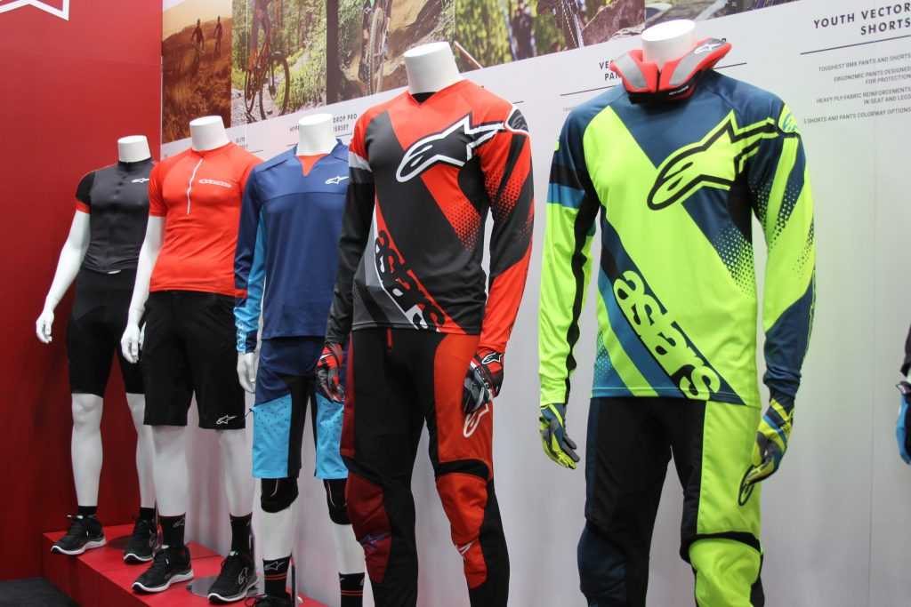 ALPINESTARS HAS A GREAT SELECTION OF GEAR FOR MEN AND WOMEN. FROM DH TO XC, ENDURO AND MORE, THEIR TECH GEAR WILL MAKE YOU LOOK GOOD AS WELL AS PROTECT YOU.