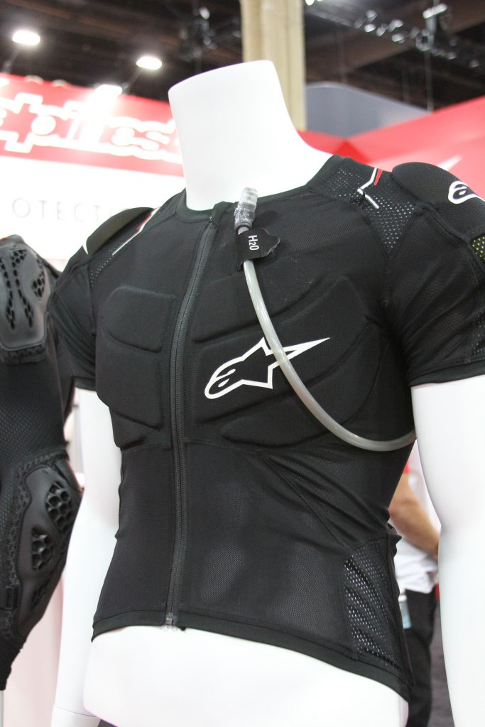 THIS IS THE SHORT SLEEVE ENDURO PROTECTION FROM ASTARS.