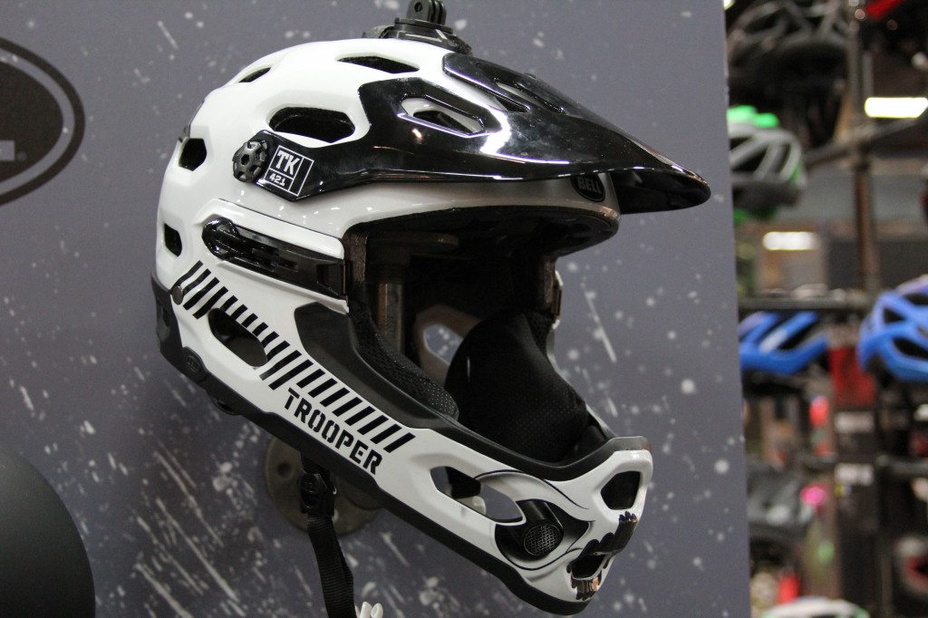 The cool STORM TROOPER SUPER 2R helmet