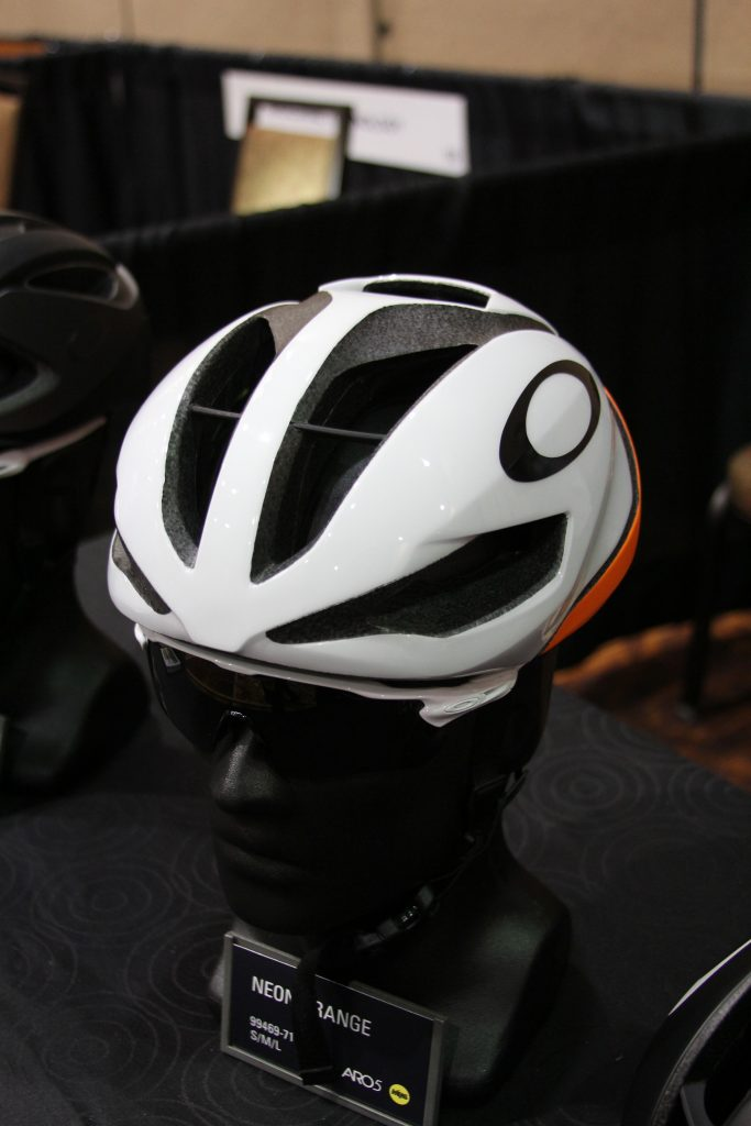 NO YOUR NOT LOOKING AT A HELMET WITH AN OAKLEY STICKER ON IT. OAKLEY IS NOW ENTERING THE HELMET BIZ, THAT'S RIGHT HELMETS!! AND THEY HAVE A GREAT HELMET HERE. HUGE AIR PORTS ALL AROUND WILL KEEP YOU COOL.